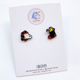 cute-snoopy-and-woodstock-christmas-earrings-1a