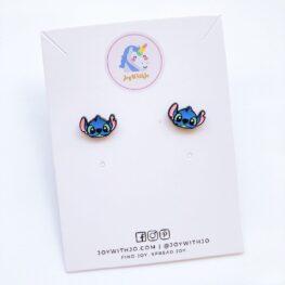 cute-stitch-stud-earrings-1a