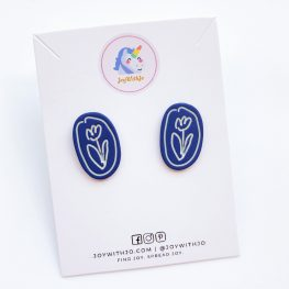 fun-with-flowers-stud-earrings-blue-1a