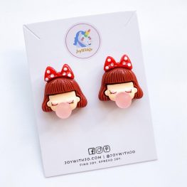 pop-the-invention-of-bubble-gum-book-earrings-1a