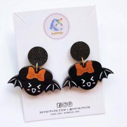 cute-bat-halloween-earrings-1