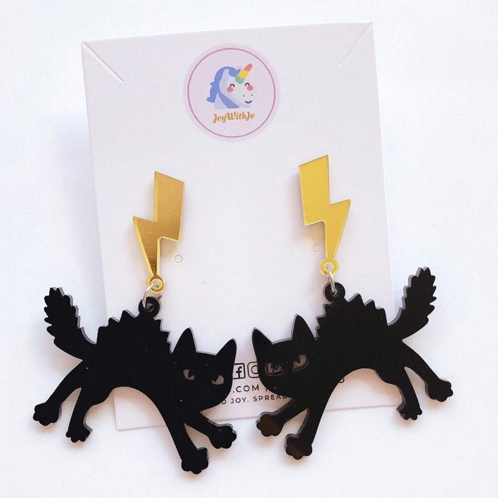 lightning-black-cat-halloween-earrings-1