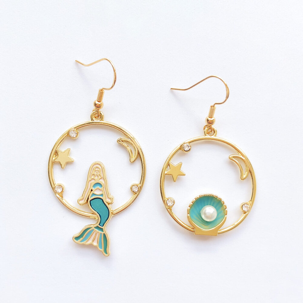 the-world-is-your-oyster-mermaid-earrings-1e